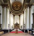 Interieur, overzicht van het koor met het hoofdaltaar - Breda - 20536475 - RCE.jpg