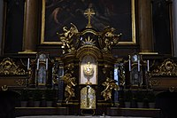 Interior of the Church of the Finding of the True Cross (Brno) 01.jpg