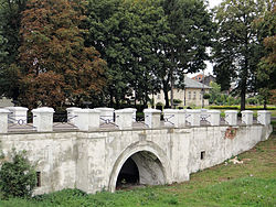 Jabłonowski Palace in Kock - Bridge, moat and strengthen - 02.jpg