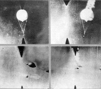 Fu-Go balloon bomb - Gun cameras show balloons being shot down near the Aleutians