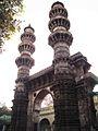 Jhulta Minar 04.jpg