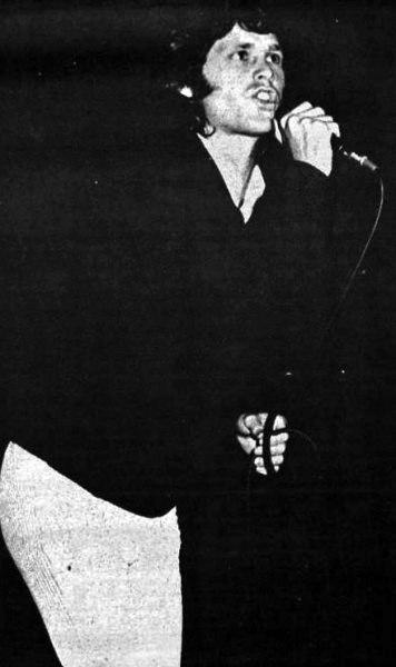 Jim Morrison performing 1967