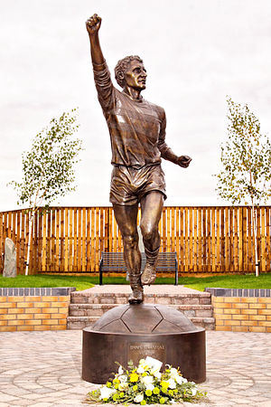 Jimmy Johnstone - Jimmy Johnstone statue at Viewpark Memorial garden by John McKenna