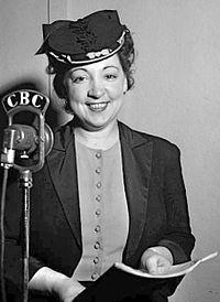 Juliette Huot 1945.jpg