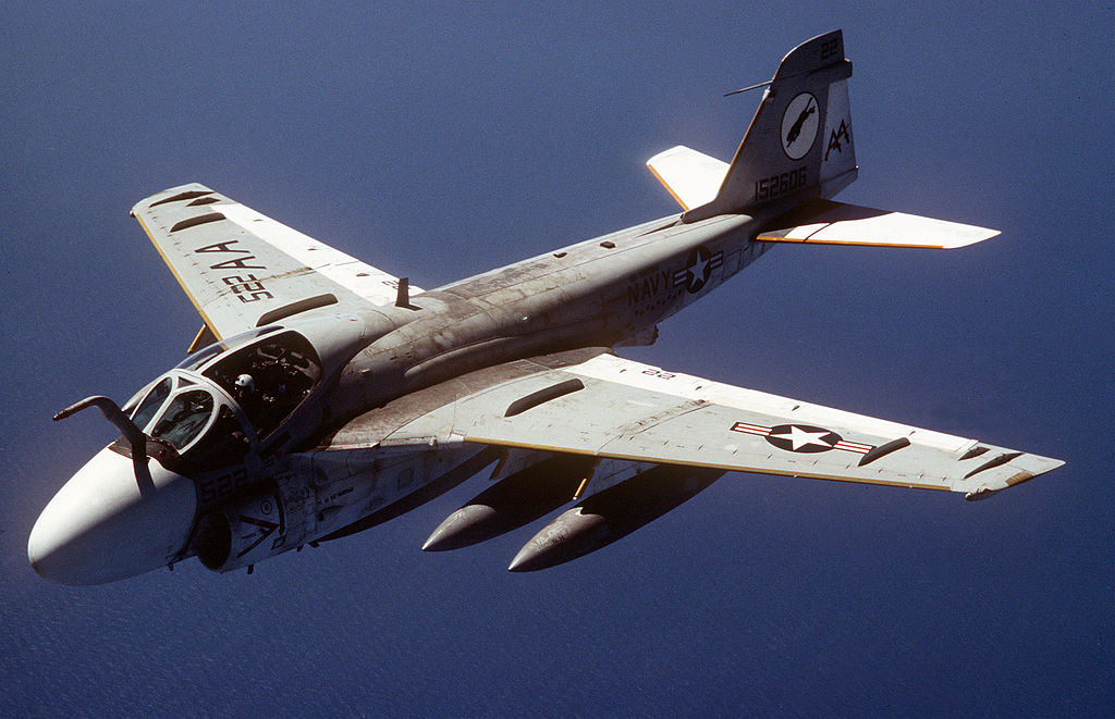 1024px-KA-6D_Intruder_VA-35_in_flight_19