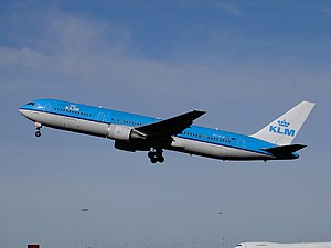 KLM Boeing 767-300ER PH-BZK departing Schiphol 2005.jpg