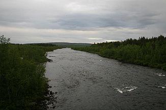 Kalixälven, von der alten Brücke der Erzbahn südl. von Kiruna