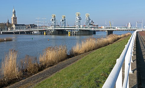 Kampen, town-bridge