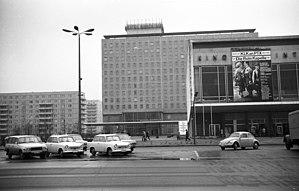 Hotel Berolina - Image: Kelet Berlin, Karl Marx Allee, szemben a Kino International és a Hotel Berolina. Fortepan 61088