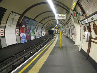 Kentish Town station - The station's northbound Northern line platform.
