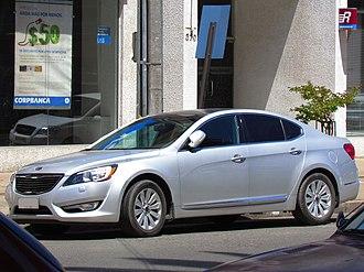 Kia Cadenza - Image: Kia Cadenza V6 EX 2010 (14429289169)