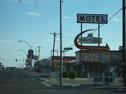 Motels along Andy Devine Avenue in Kingman in 2004 KingmanArizonaStrip.JPG