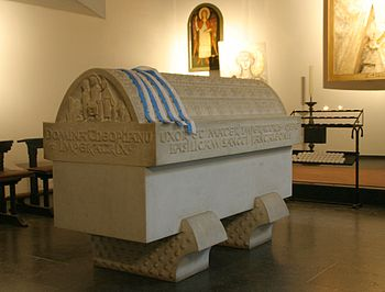Sarcophagus Theophanus in St. Pantaleon, Cologne