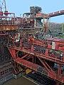 Kokerei Zollverein - Drückmaschine von oben.jpg