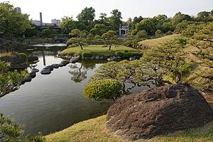 Suizen-ji Jōju-en - Image: Kumamoto Suizenji jojuen 08n 4272