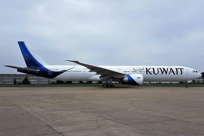 File:Kuwait Airways Boeing 777-300ER (9K-AOH) at London Heathrow Airport.jpg
