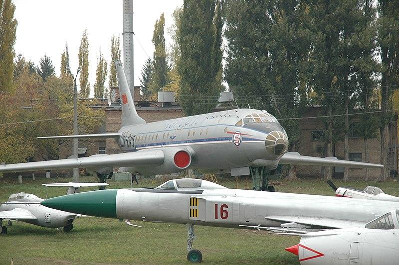 File:Kyiv Aviation Museum 2009 Tu-104.jpg