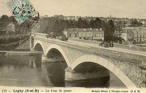 L2025 - Lagny-sur-Marne - Pont de Pierre.jpg