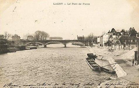 L2034 - Lagny-sur-Marne - Pont de Pierre.jpg