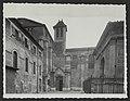 La cathédrale (entrée nord). A droite le pendentif (34676021226).jpg