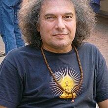 http://upload.wikimedia.org/wikipedia/commons/thumb/0/06/Laar-Andras1.jpg/220px-Laar-Andras1.jpg