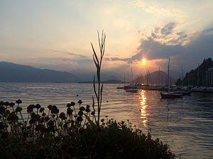 Laveno-Mombello - Image: Lake Maggiore Sunset