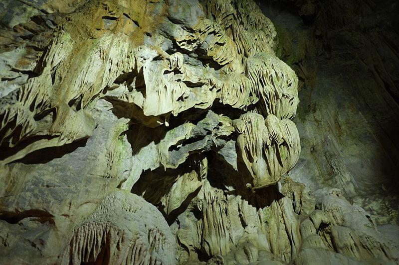 File:Lake cave (8).JPG