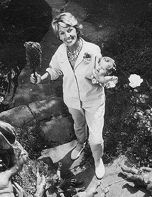 Lale Andersen - Lale Andersen in her garden, ca. 1952, in Zollikon