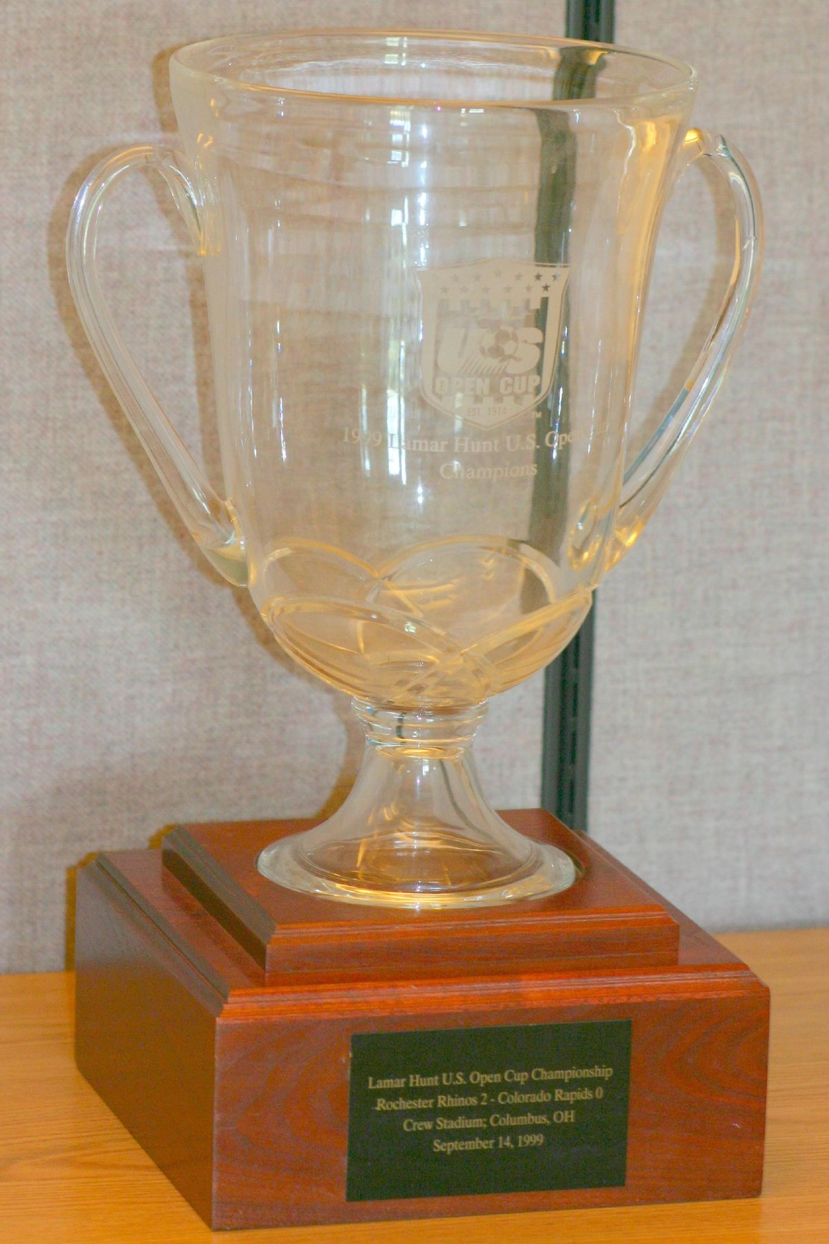 Lamar Hunt Us Open Cup Trophy Wikipedia