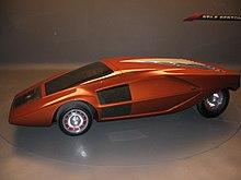https://upload.wikimedia.org/wikipedia/commons/thumb/0/06/Lancia_Stratos_Zero_%28Bertone%29.jpg/220px-Lancia_Stratos_Zero_%28Bertone%29.jpg