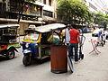 Lascar Thai auto rickshaw (4510120635).jpg