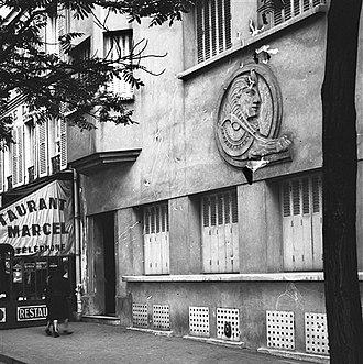 Brothels in Paris - Le Sphinx facade