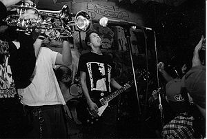 Link 80 - Matt Bettinelli-Olpin at 924 Gilman Street, 1997.