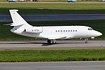 Luxaviation UK, G-YFOX, Dassault Falcon 2000EX (43587513225).jpg