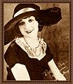 Madge Bellamy The Blue Book of the Screen.jpg