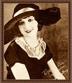 Madge Bellamy 1923