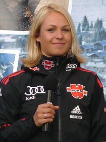 Magdalena Neuner Wallgau 2011 (2).jpg