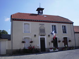 The town hall in Pourcy