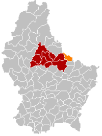 Map of Luxembourg with Reisdorf highlighted in orange, the district in dark grey, and the canton in dark red