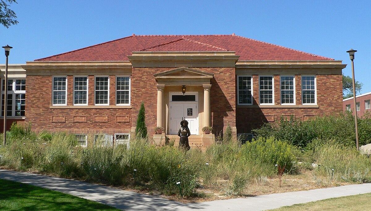 Mari Sandoz High Plains Heritage Center - Wikipedia