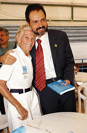 1915 in Brazil - Maria Lenk (born 1915) with then-Brazilian Minister of Sports Agnelo Queiroz
