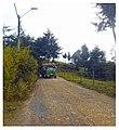 """Marinilla Colombia August 2017 (19) - Camion """"chiva"""" en camino rural.jpg"""
