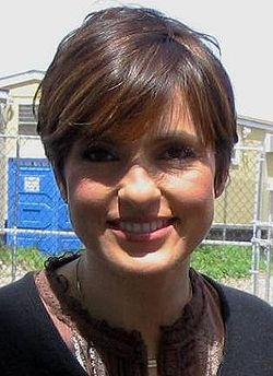Mariska Hargitay Wikip 233 Dia