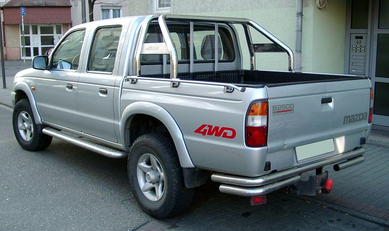 https://upload.wikimedia.org/wikipedia/commons/thumb/0/06/Mazda_B2500_rear_20080215.jpg/1280px-Mazda_B2500_rear_20080215.jpg