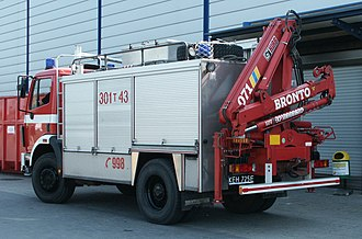 Knuckleboom crane - Fire appliance, with rear knuckleboom HIAB crane, folded for transport