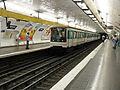 Metro de Paris - Ligne 9 - Voltaire 02.jpg