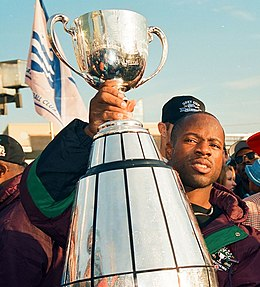 Mike Pringle holds the GREY CUP.jpg