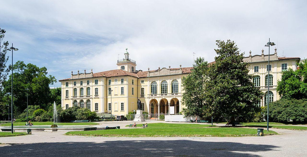File milano palazzo dugnani 2016 06 cn wikipedia for Milano 2016