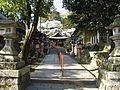 Miyake Hachiman-gu sando1.jpg