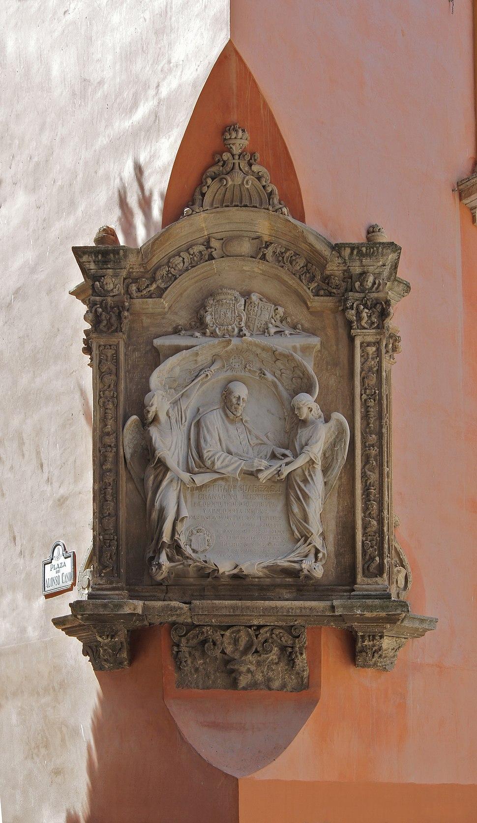 Monument Francisco Suarez Granada